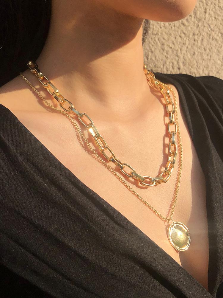 Simple Design Vintage Pendant Layered Necklace