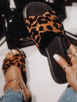 Leopard Upper Round Toe Womens Slippers