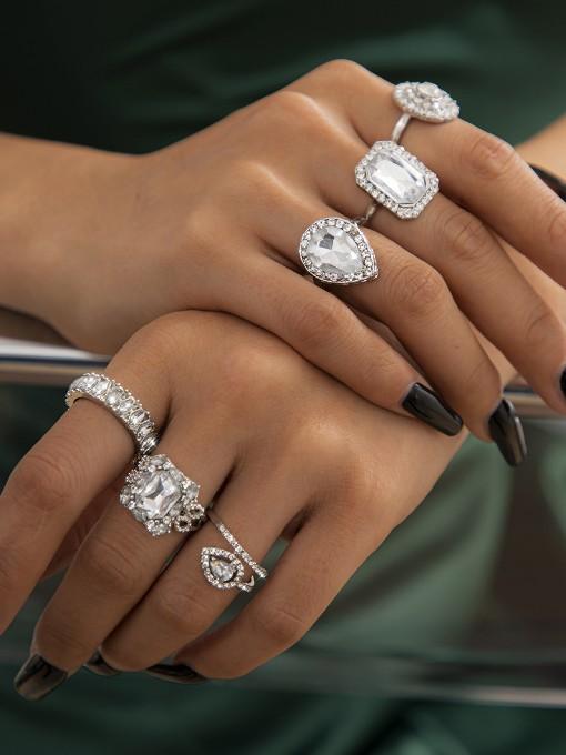 Luxury Square Rhinestone Geometry Temperament Ring