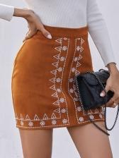 Retro Embroidery Printed Women Pencil Skirt