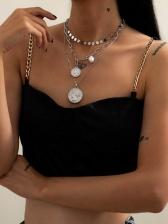Simple Faux-Pearl Vintage Portrait Pendant Necklace