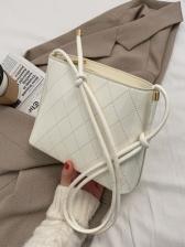 Rhombic Pattern Patent Leather Shoulder Bag