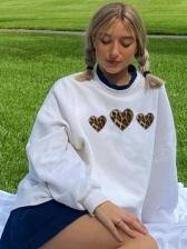 Easy Matching Leopard Heart Print Crewneck Sweatshirt