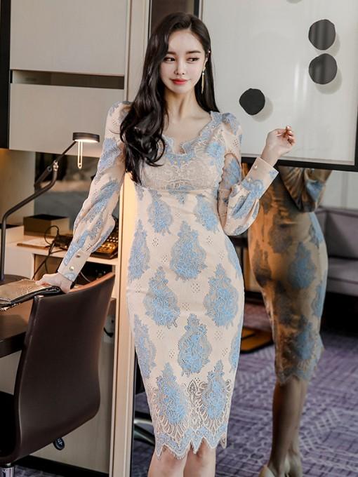 Elegant Knee Length Long Sleeve Lace Dress