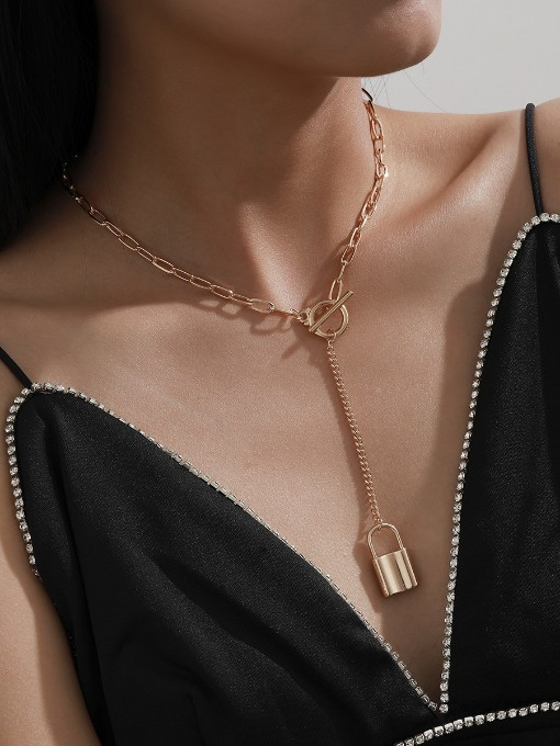Simple Easy Match Lock Shape Pendant Necklace