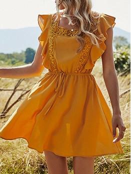 Chic Patchwork Ruffled Short Sleeve Dress