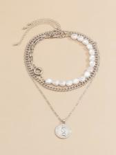 Temperament Chic Faux-Pearl Pendant Necklace