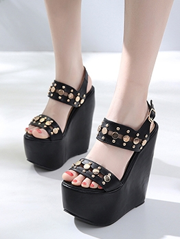 Chic Rivets Round Toe Wedges For Women