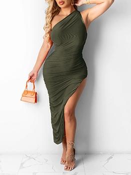 High Vent Casual Inclined Shoulder Maxi Dress