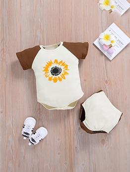 Printed Contrast Color Romper Baby Boy Gift Set