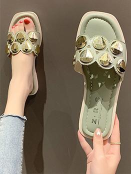 Latest Style Casual Rivet Beach Slide Slippers