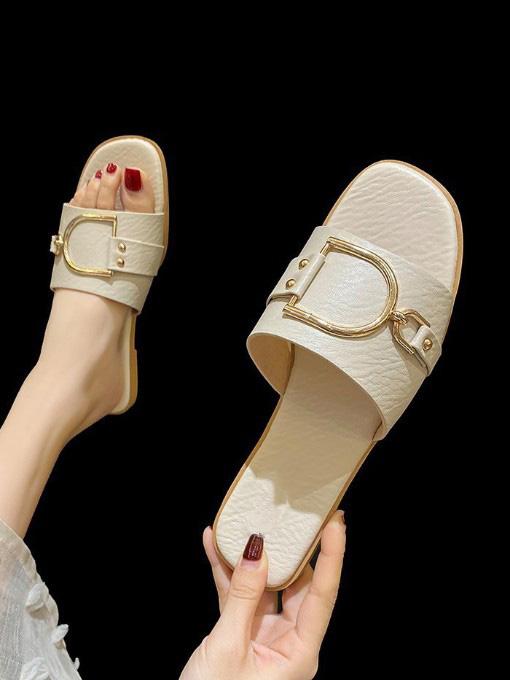 Simple Round Toe Slip On Ladies Slippers