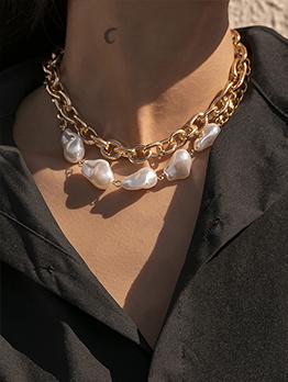 Geometric Faux Pearl Chain Necklace Design