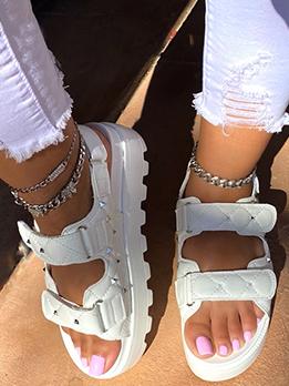 Rivet Design Solid Vintage Roman Style Sandals
