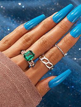 Eye-Catching Green Zircon 3-Piece Ring