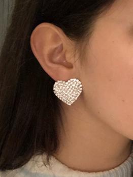 Full Rhinestone Heart Shape Design Stud Earrings