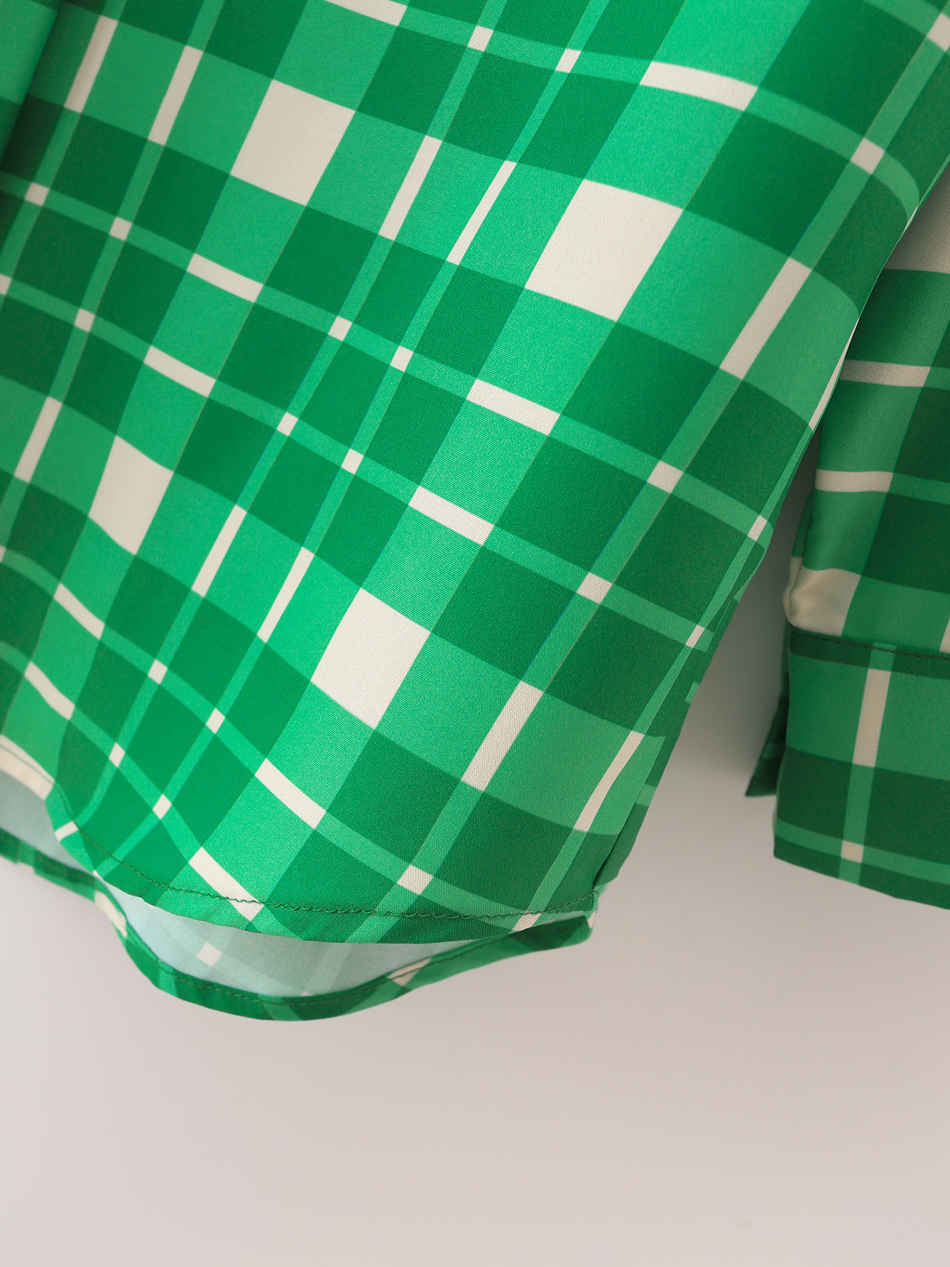 Normal Plaid Single-Breasted Long Sleeve Green Blouse