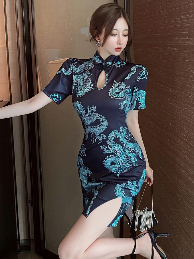 Vintage Elegant Dragon Print Short Sleeve Cheongsam