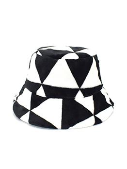 Trendy Black And White Print Fisherman Cap