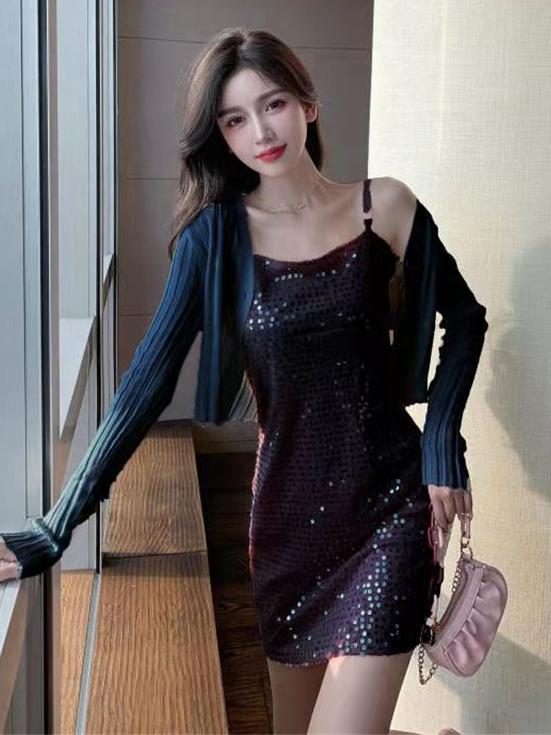 Eye-Catching Sequined Sleeveless Dress With Short Coat