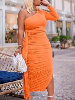 Trendy Solid Ruched Slit One Shoulder Maxi Dress