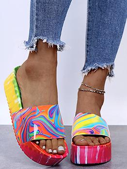Irregular Print Design Fashion Chunky Soles Slippers