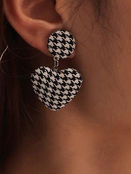 Trendy Houndstooth Heart Pendant Earring For Women