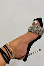 Stilettos Collection