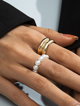 Pretty Faux-Pearl 2 Piece Simple Ring Set
