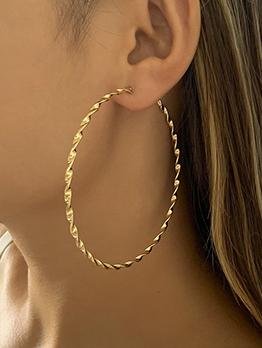 Characteristic Golden Screw Thread Big Circle Earring