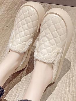 New Plush Round Toe Slip On Shoes