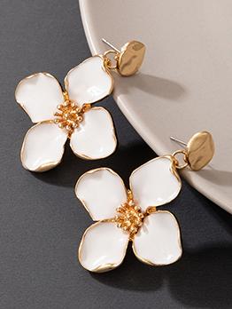Elegant Flower All-Match Ladies Earrings