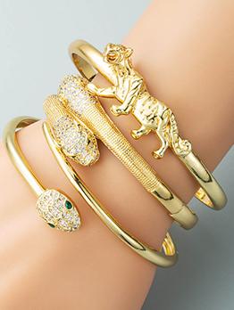 Chic Snake Leopard Shape Zircon Bracelet