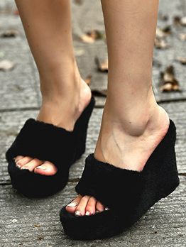 Fashion Solid Winter Fluffy Wedge Slippers