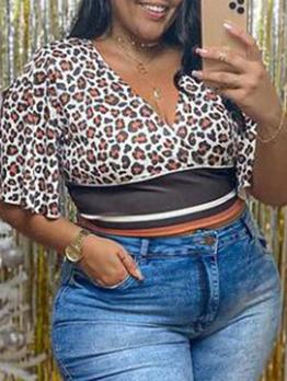 Leopard Printed V Neck Plus Size Short Sleeve Tee